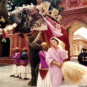 Anne-Gunning-in-Jaipur-by-Norman-Parkinson